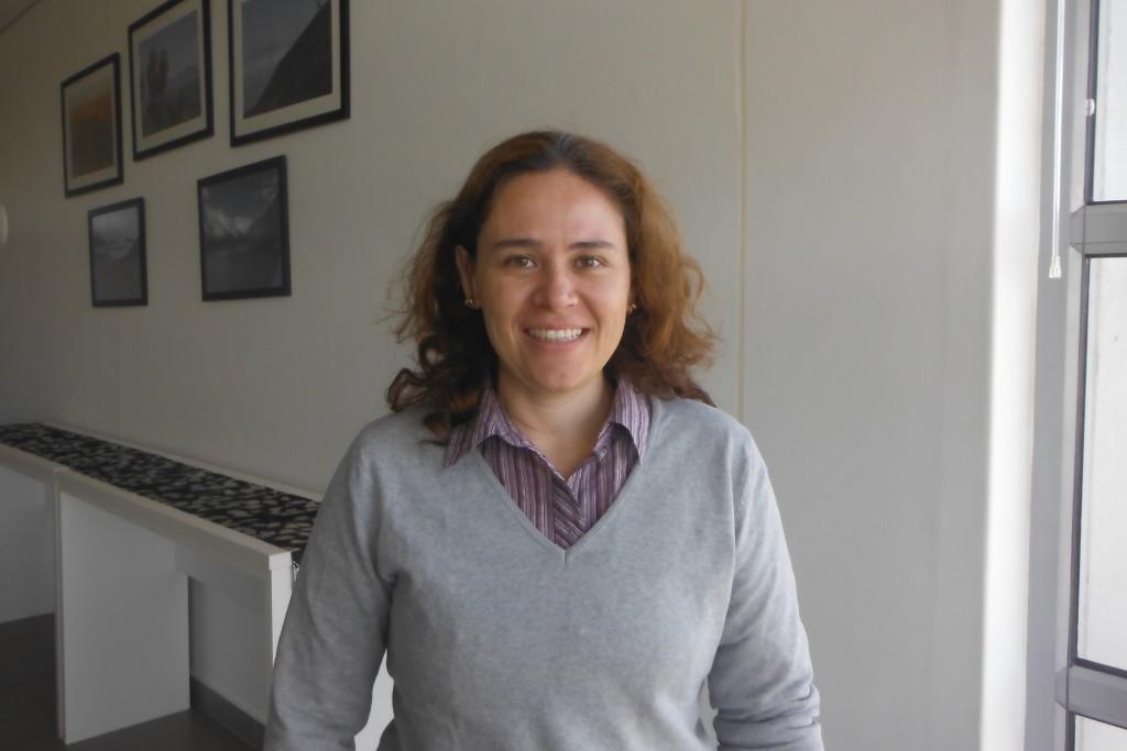 Dr. Gloria Andrea Silva-Castro